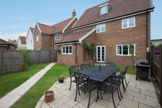 Thumbnail Detached house for sale in Tacolneston, Norwich