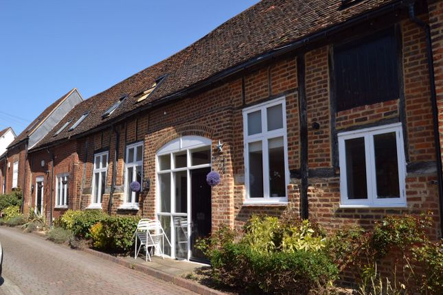 3 bed barn conversion to rent in Bancroft, Hitchin SG5