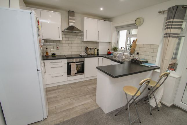 Thumbnail Semi-detached house to rent in Gardeners Court, Hunslet, Leeds