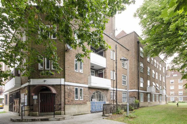 Thumbnail Flat for sale in Pentland House, Stamford Hill, London