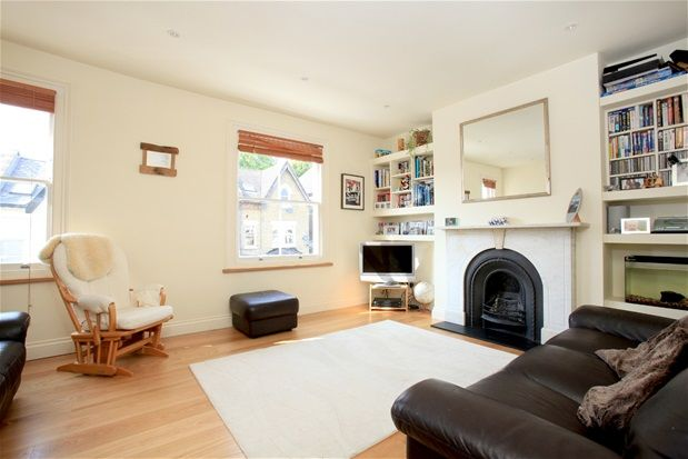 Thumbnail Flat to rent in Rockmount Road, London