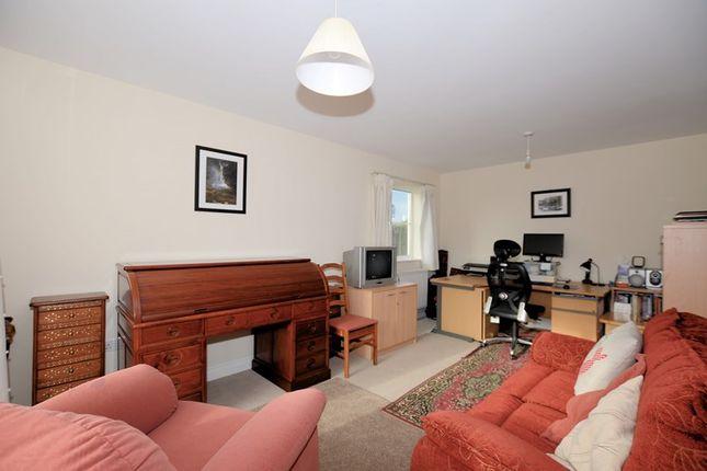 Living-Room-Psp of St. Maryhaye, Tavistock PL19
