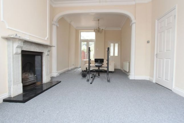 Thumbnail Property to rent in Palace Gates Road, London