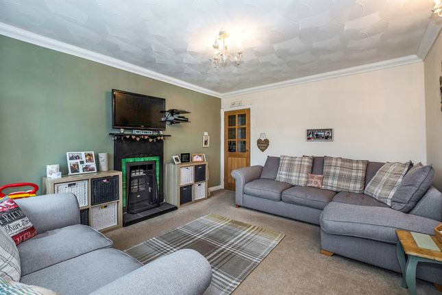 Thumbnail Bungalow for sale in Firwood Close, Bryncoch, Neath