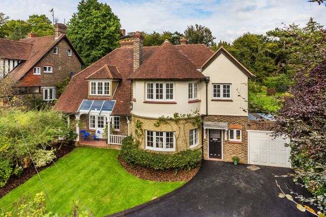 Thumbnail Detached house for sale in Woodhurst Park, Oxted