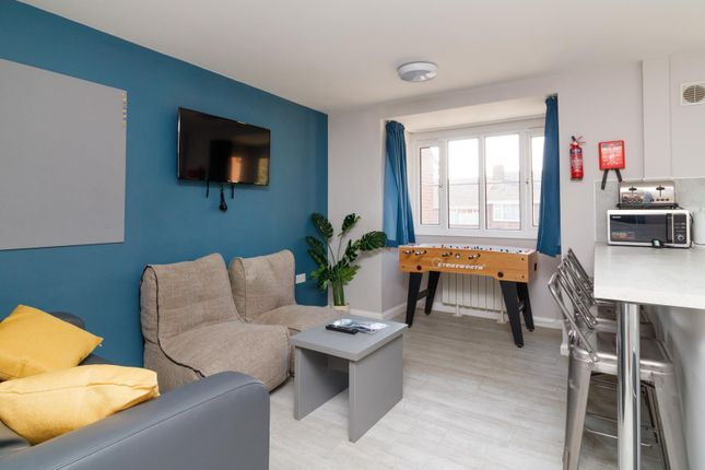 Thumbnail Flat to rent in College Court, Canterbury