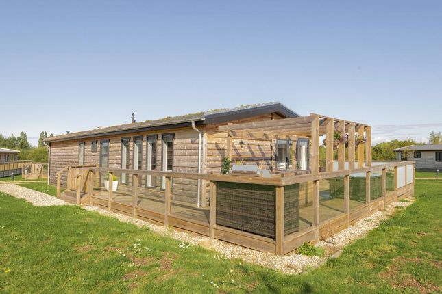 Mobile/park home for sale in Newbury, Berkshire