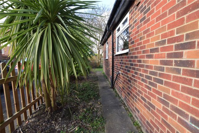 Picture 14 of Cliff Side Gardens, Leeds, West Yorkshire LS6