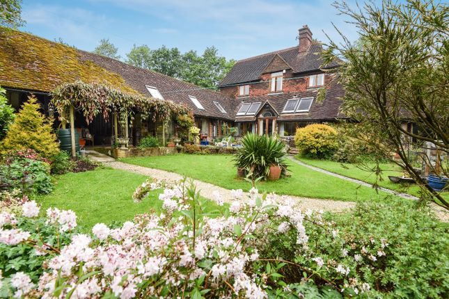 Thumbnail Detached house for sale in Grayswood Road, Grayswood, Haslemere