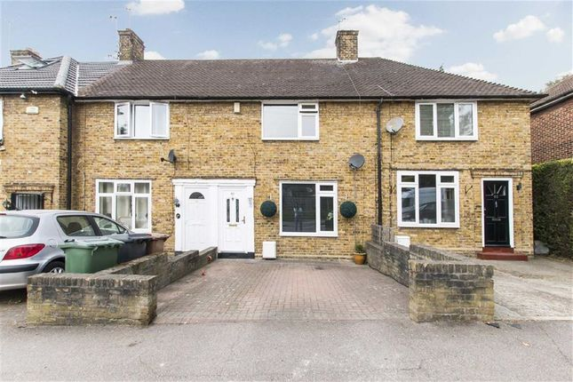 Thumbnail Property for sale in Withy Mead, London