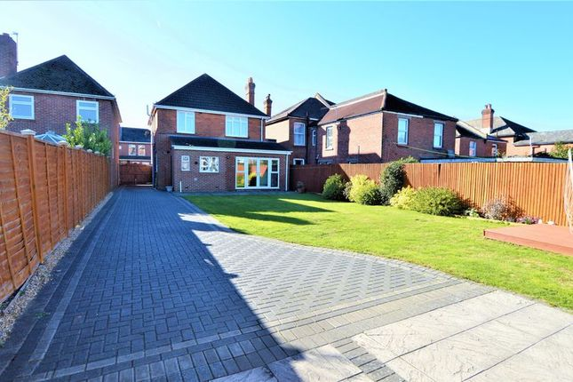 Thumbnail Detached house for sale in Radstock Road, Southampton