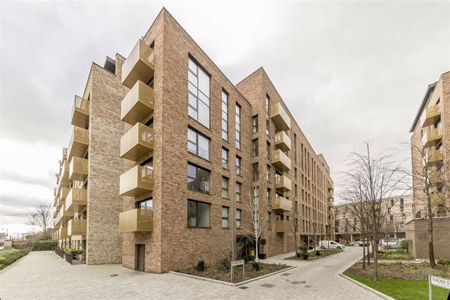 Thumbnail Flat to rent in Naomi Street, London