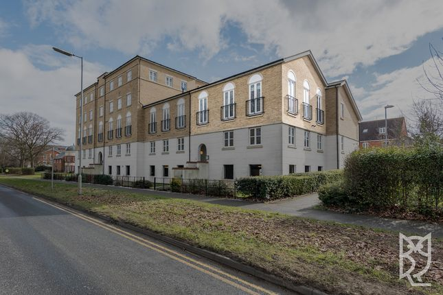 Thumbnail Flat for sale in Circular Road South, Colchester