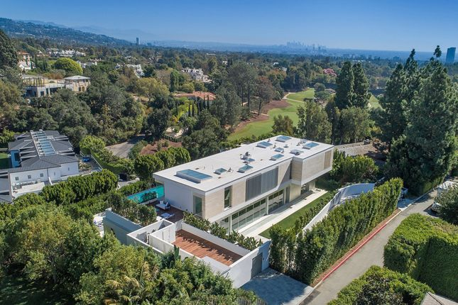 Thumbnail Property for sale in 642 Perugia Way, Bel Air, Los Angeles, California