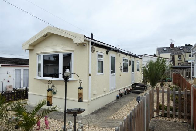 Thumbnail Mobile/park home for sale in Rusty Well Park, Yeovil