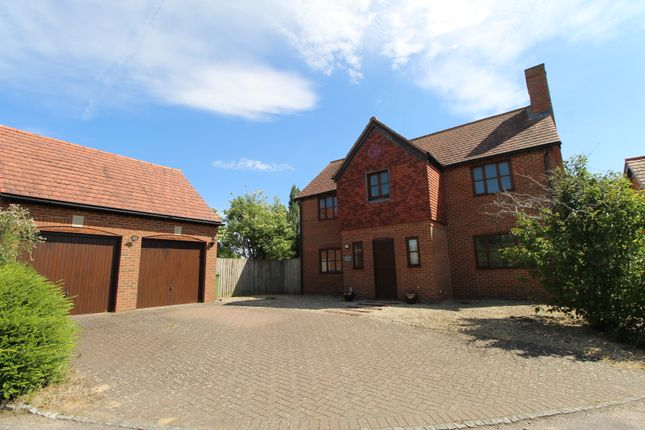 4 bed detached house to rent in Fairways Drive, Churchdown, Gloucester GL2