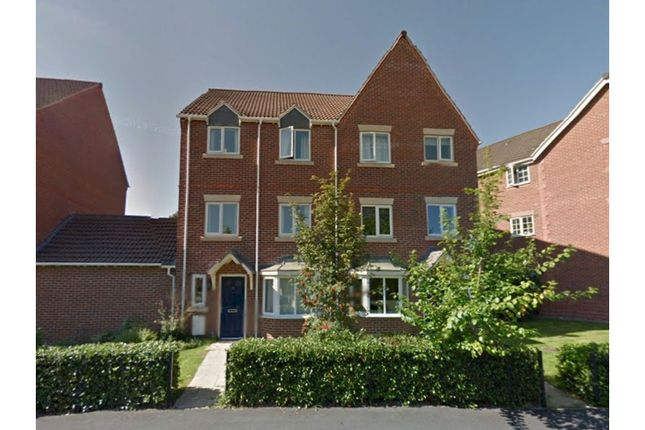 4 bed town house for sale in Staddlestone Circle, Hereford HR2