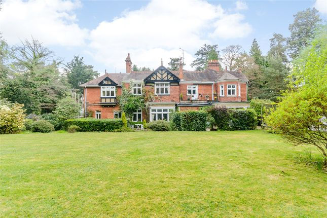 Thumbnail Flat for sale in Larchwood Lodge, Larch Avenue, Ascot, Berkshire