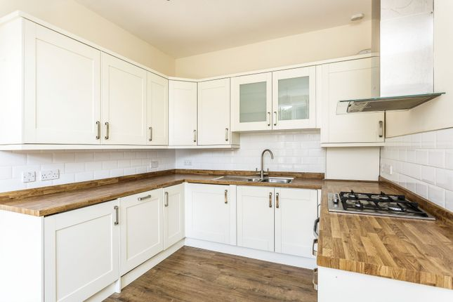 Thumbnail Flat to rent in Selsey Avenue, Southsea