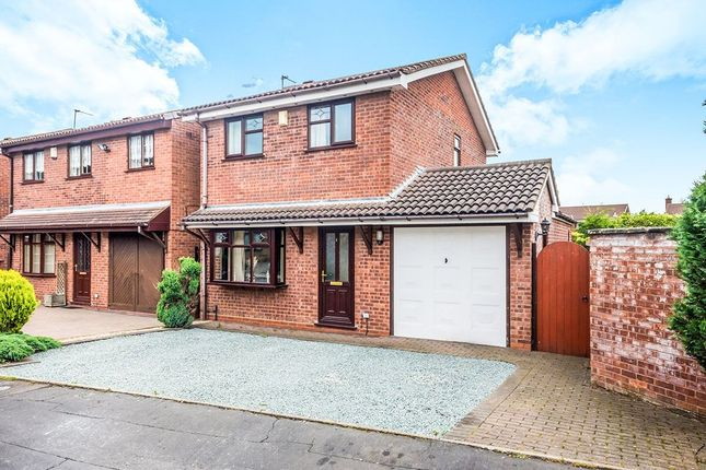 Thumbnail Detached house for sale in Grazewood Close, Willenhall