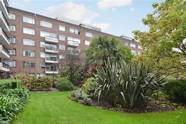 3 bed flat for sale in The Quadrangle, Marble Arch