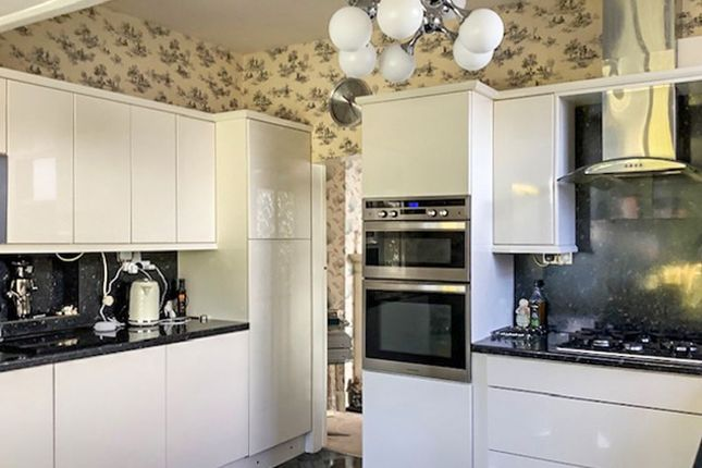 Kitchen of Windy Harbour Road, Southport PR8