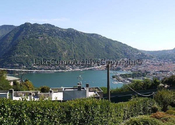 3 bed villa for sale in Como, Lake Como, Italy