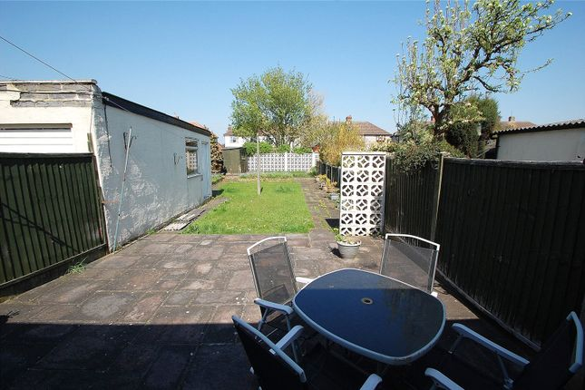 Picture No. 13 of Eyhurst Avenue, Hornchurch RM12