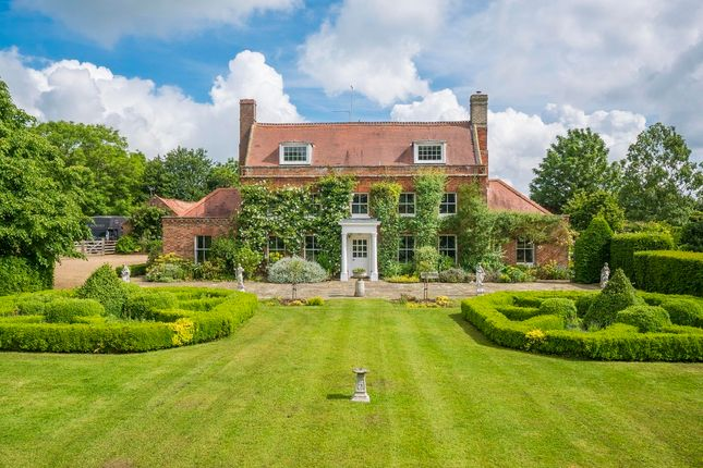 5 bed farmhouse for sale in Suffolk, Kirby Cane, Near Bungay Equestrian/Lifestyle Property