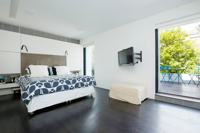 Master Bedroom  of Cathcart Road, London SW10