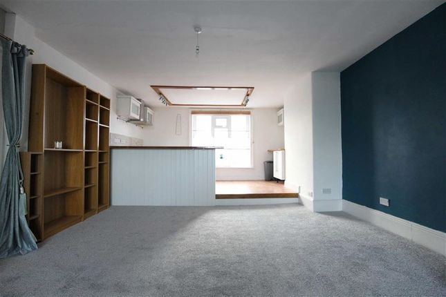 Thumbnail Flat for sale in Cambrian Terrace, Borth