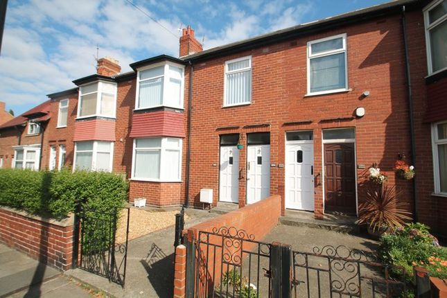 Flat to rent in Chillingham Road, Heaton, Newcastle Upon Tyne