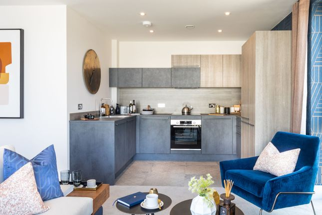 Thumbnail Flat for sale in Longwater Avenue, Green Park, Reading