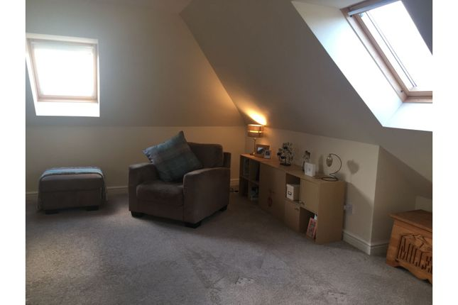 Family Room of Troon Gardens, Glasgow G68