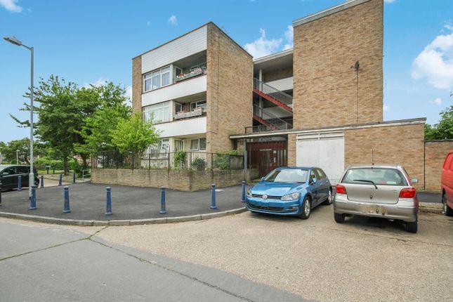Thumbnail Flat for sale in Woolmer Green, Laindon, Basildon