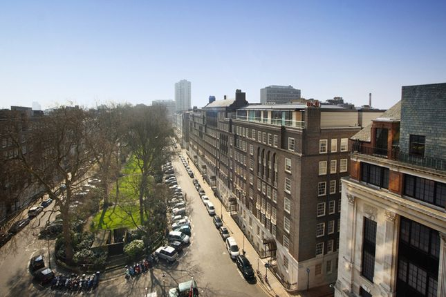 Thumbnail Flat for sale in Lowndes Square, Knightsbridge, London