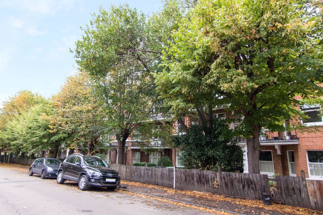 Thumbnail Flat for sale in Cavendish Gardens, Trouville Road, Clapham