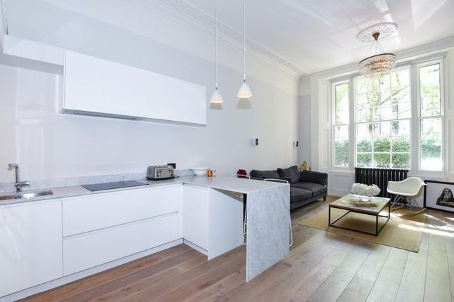 2 bed flat for sale in Westbourne Terrace W2,