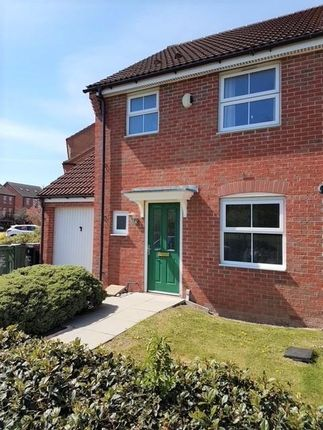 3 bed property to rent in Pingle Close, Great Oakley, Corby NN18