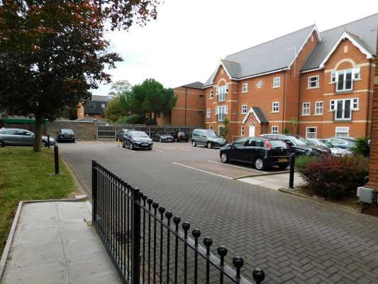 Thumbnail Flat to rent in Regency House, Centre, Peterborough