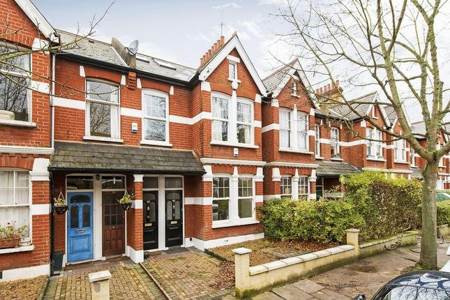 2 bed flat for sale in Ashleigh Road, London
