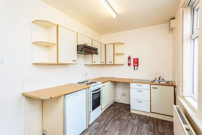 Thumbnail Flat to rent in Warley Road, Blackpool