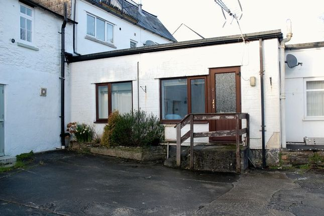 Thumbnail Flat to rent in Quay Street, Lostwithiel