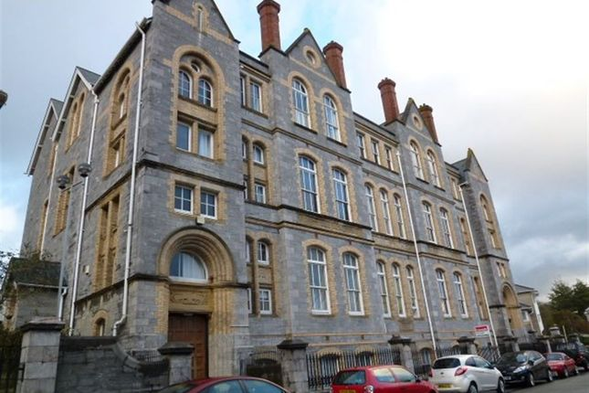 Thumbnail Flat to rent in Regent Street, Plymouth
