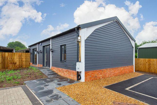 Thumbnail Detached bungalow for sale in Bull Farm, Watling Street, Hockliffe