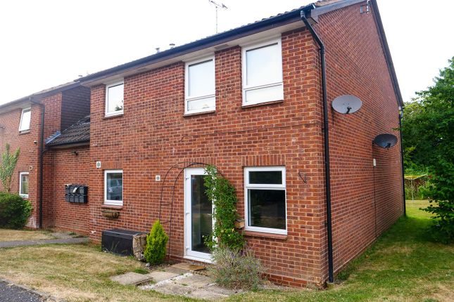 Thumbnail Flat for sale in Seymour Road, Alcester