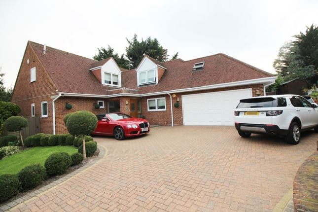 Thumbnail Detached house to rent in Acorn Lane, Cuffley, Potters Bar
