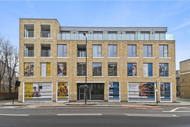 Thumbnail Retail premises to let in Flat 1, 164 Mare Street, London, Greater London