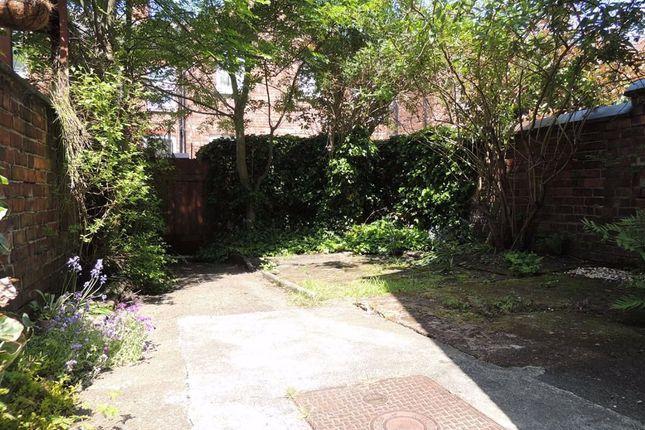 Rear Courtyard of Poplar Avenue, Levenshulme, Manchester M19