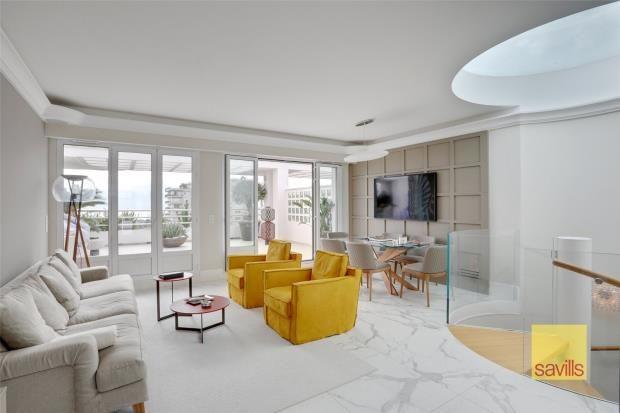 Thumbnail Apartment for sale in Bd Princesse Charlotte, Monaco, 98000